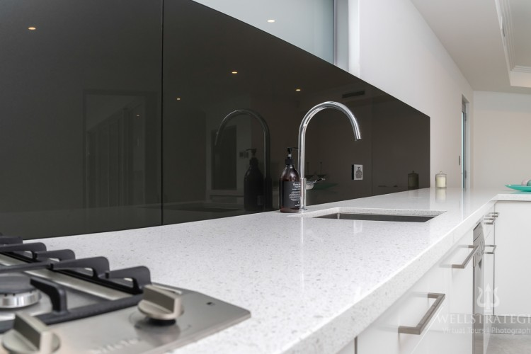 Advantages Of Kitchen Granite Counters